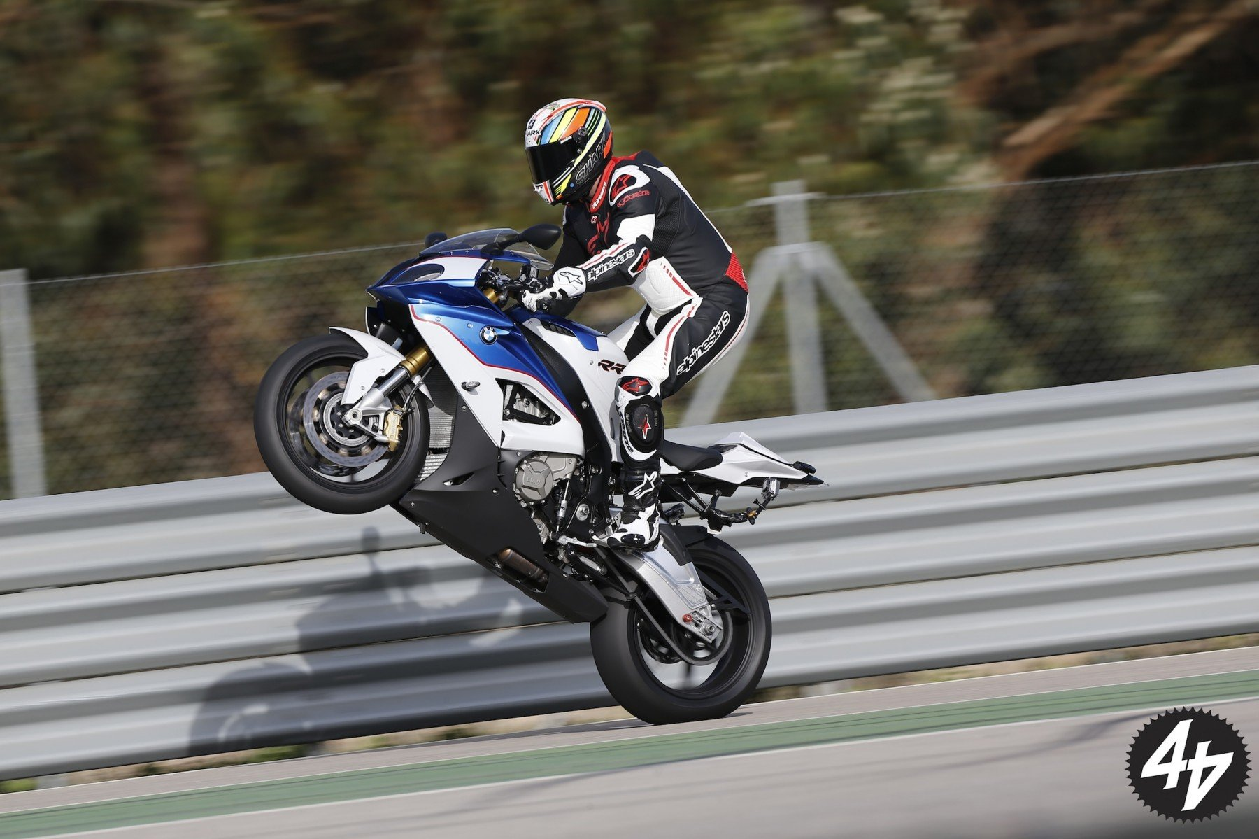 Want to know more about the 2015 bmw s 1000 rr for Yamaha rr 1000