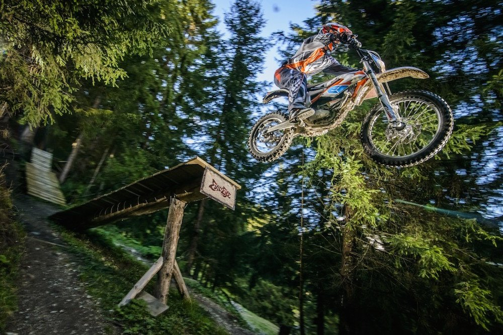 93365_KTM_Freeride_E_Action