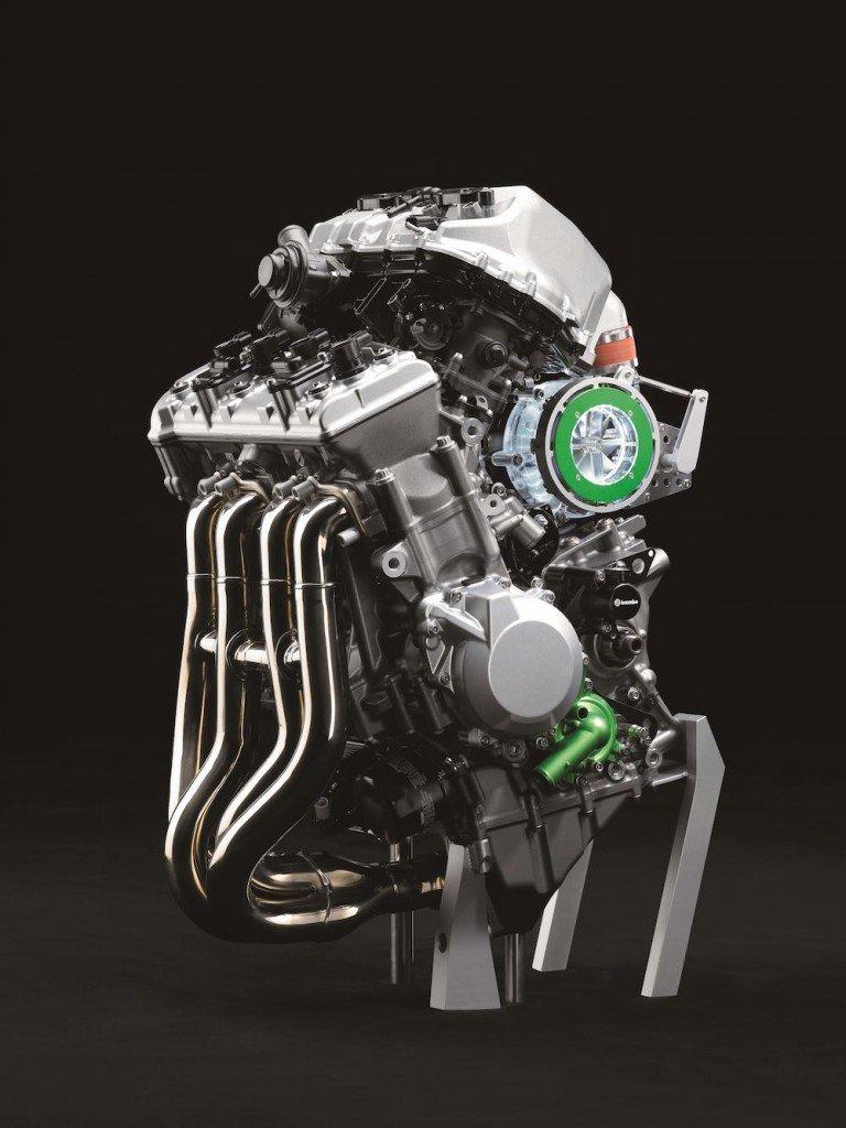 balanced-supercharged-engine-2