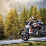 1290 SUPER DUKE GT_Action_04
