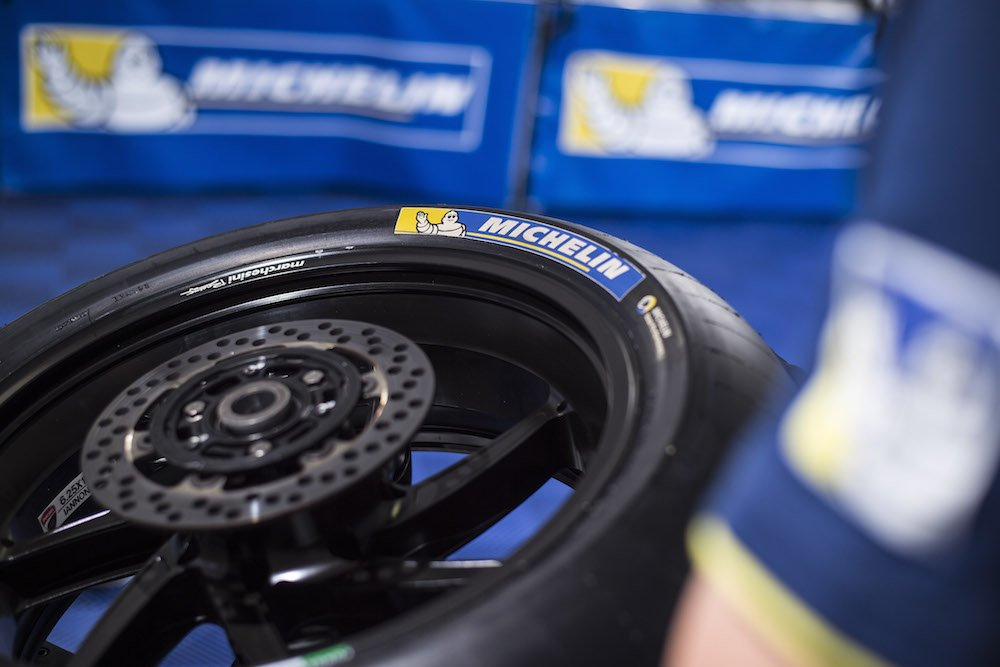 Divers Team Michelin MotoGP 2016 photo: MICHELIN