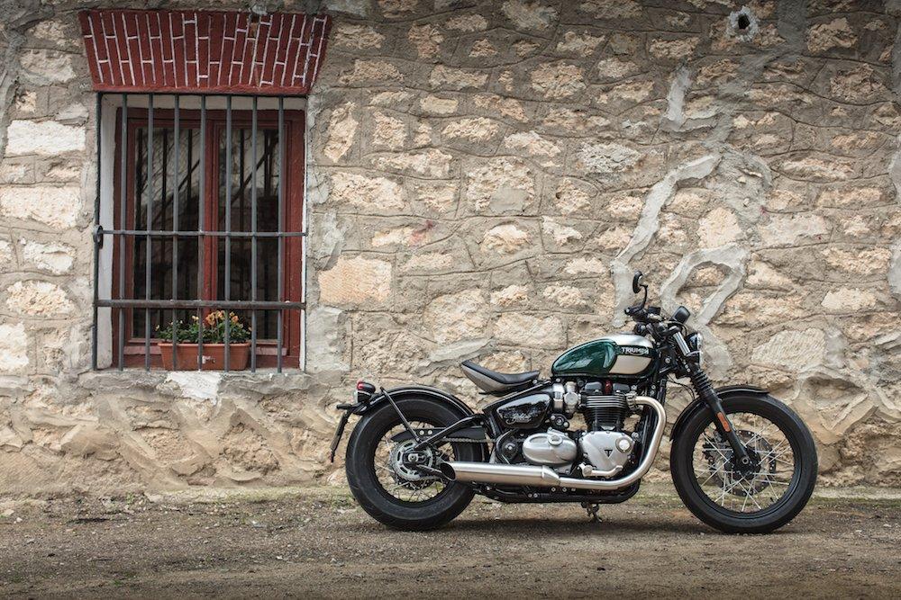 Triumph Bonneville Bobber Review