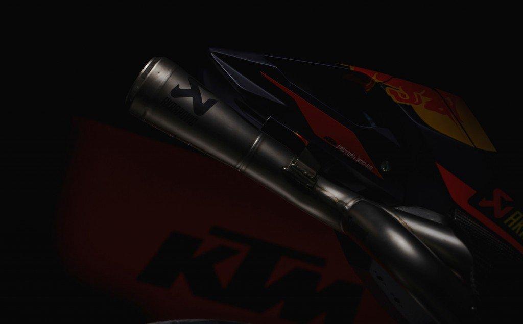 166992_Akrapovic KTM RC16 2017
