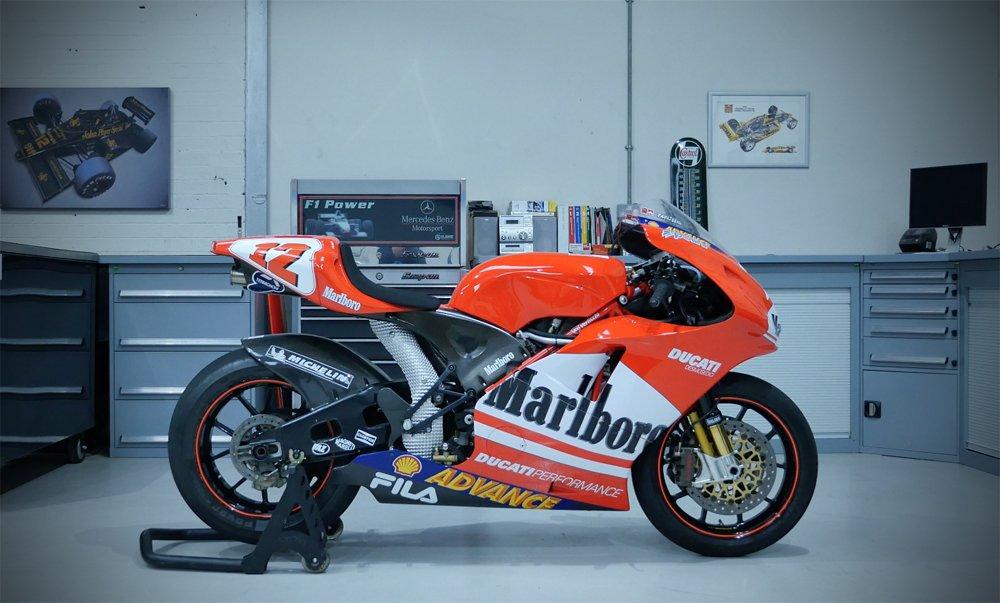 Why the Suzuki SV650 is the best bike  Ever  -